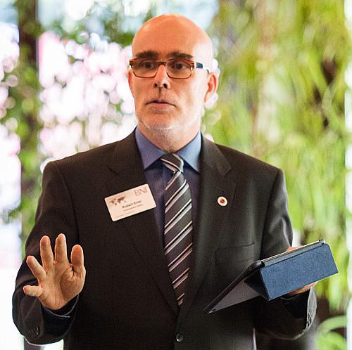 Bild: Bob Beredsam als Redner